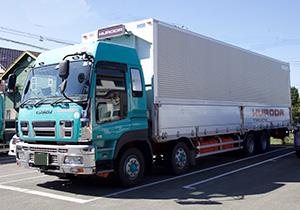 黒田トラックの車両